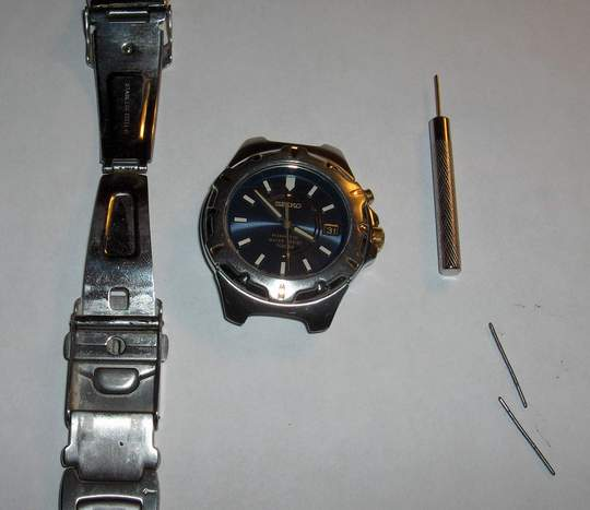 removing the pins from the Seiko watch band