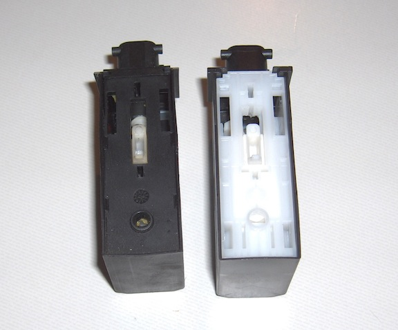 Original (left) and replacement (right) door lock actuators.